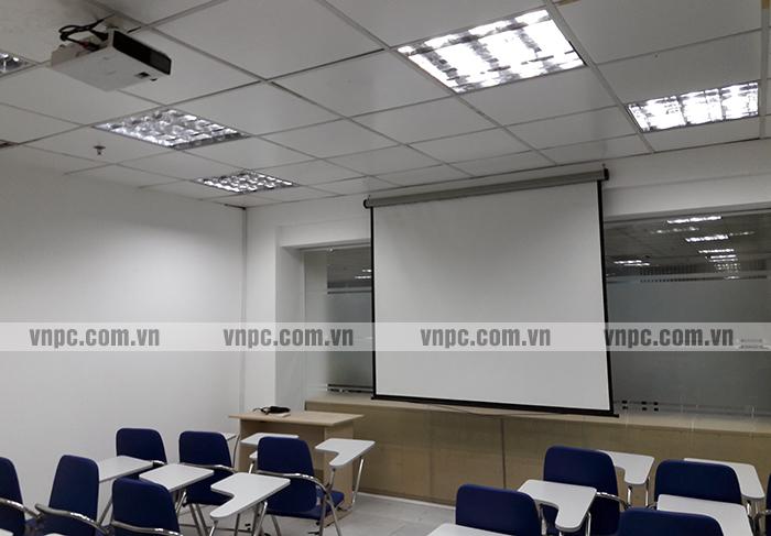 Lựa chọn máy chiếu phù hợp cho lớp học không hề đơn giản