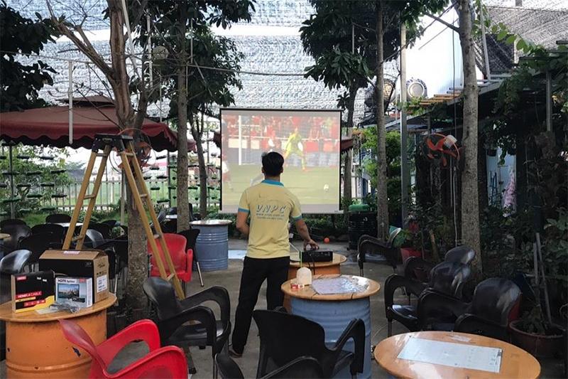 Máy chiếu Optoma PX390 tại Coffe Bean SaiGon