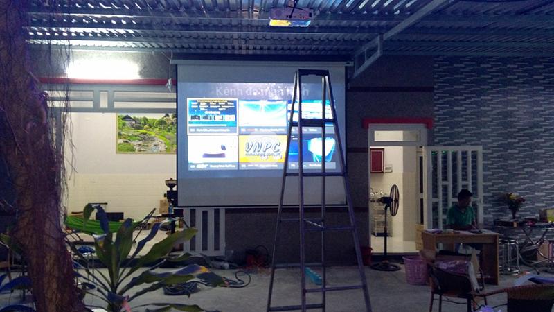 Lắp máy chiếu Epson EB-X05 cho quán Cafe tại Bình Dương