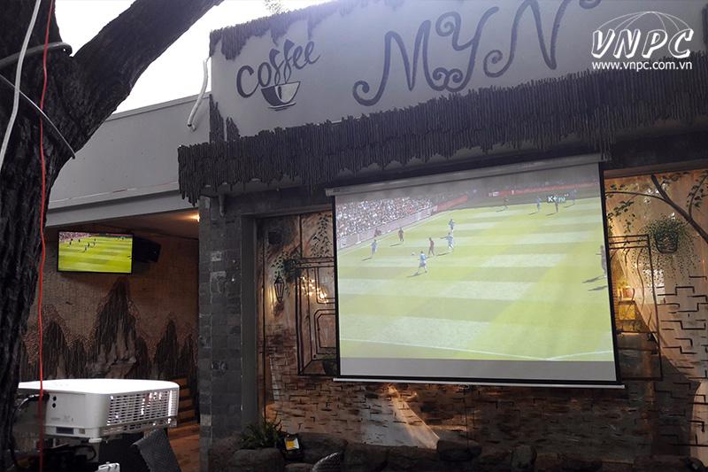 Lắp máy chiếu BenQ MW533 cho quán Cafe K+ tại 143 Gò Dầu