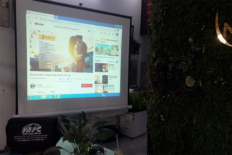 Cho thuê máy chiếu tổ chức khóa học tại Spa Q.Bình Tân