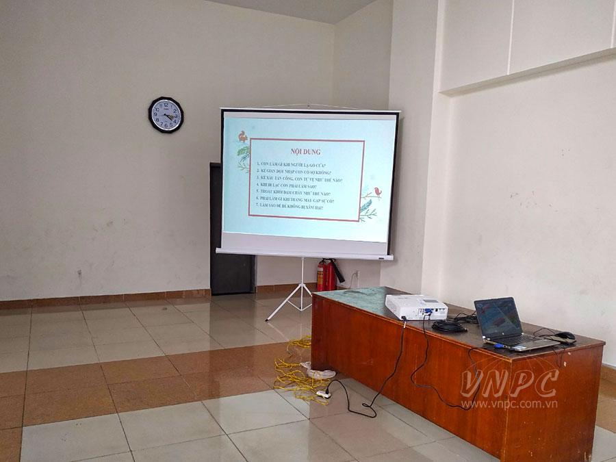 Cho thuê máy chiếu hội họp khu chung cư quận Gò Vấp