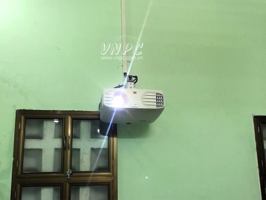 Lắp đặt máy chiếu phim HD Viewsonic PA503W tại Q.Ba Đình