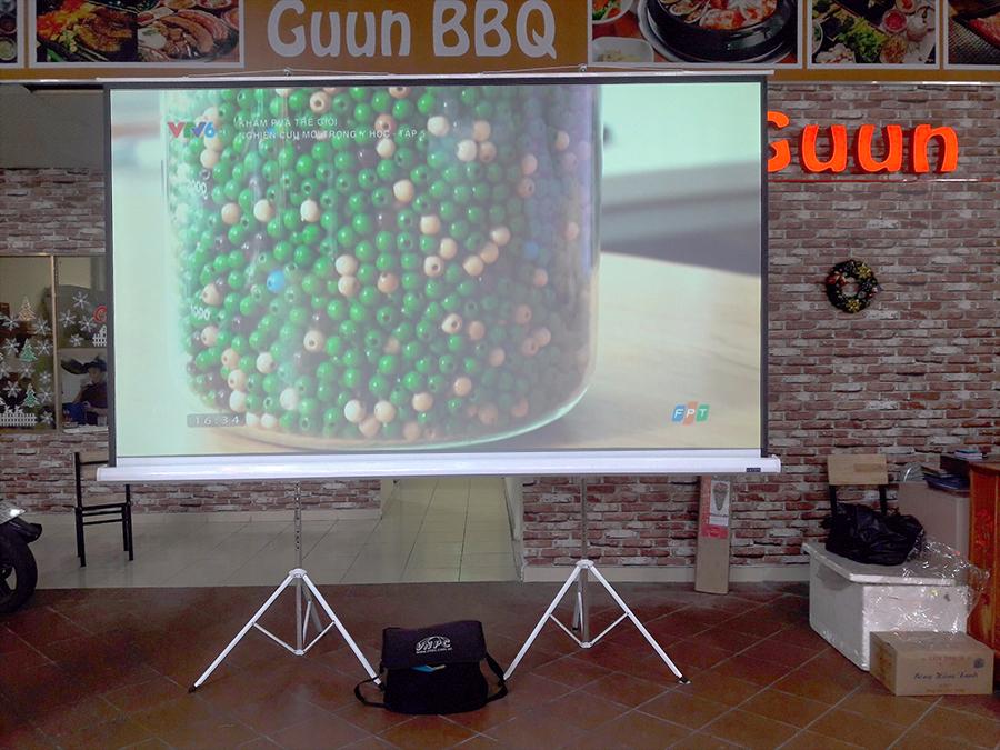 Màn chiếu di động 150 inch | Màn Chiếu 3 chân 150 inch