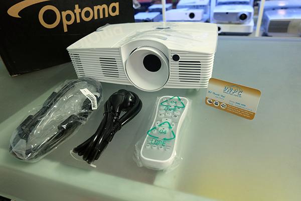 Optoma HD200D