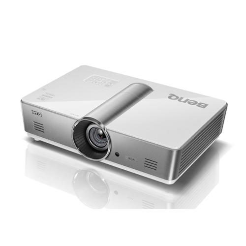 Máy chiếu BenQ SX920 dòng độ sáng cao kết nối mạng LAN