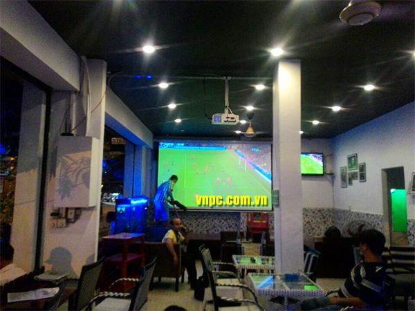 xem bóng đá k+ bằng màn chiếu điện tự động
