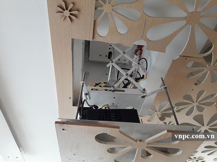 Khung treo máy chiếu điện - giá treo máy chiếu điện