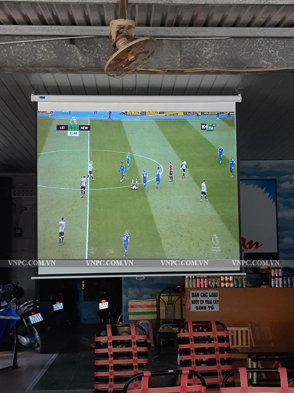 Lắp máy chiếu Optoma PS368 cho quán cafe bóng đá ở Vũng Tàu