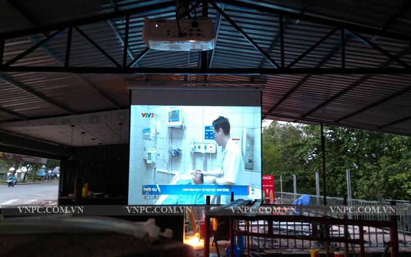 Lắp máy chiếu BenQ MH534 cho quán cafe K+ Hồ Cá Q.Thủ Đức