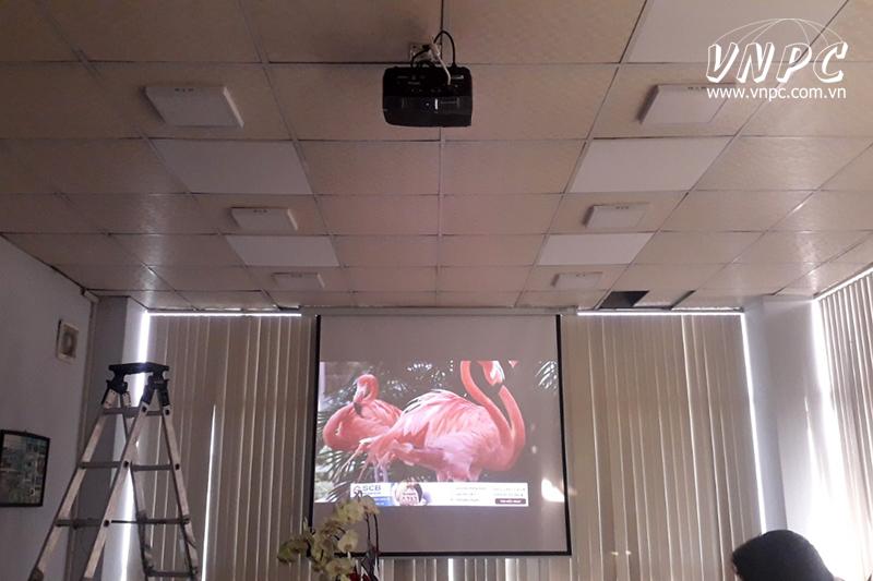 Lắp máy chiếu Optoma PS368 cho phòng họp công ty tại Củ Chi