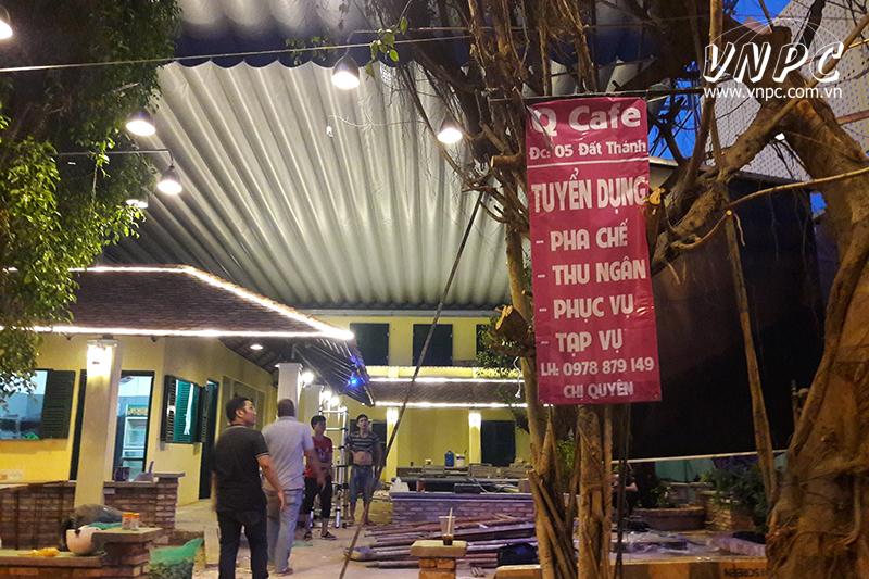 Lắp máy chiếu Optoma PX390 cho quán cafe sân vườn Q.Tân Bình