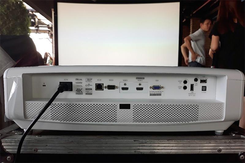 Máy chiếu 4K giá tốt cho người đam mê giải trí tại Việt Nam