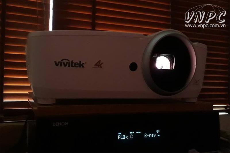 Màn chiếu khung 130 inch tỉ lệ 16:9 (2m9x1m6) + Máy chiếu phim 4K Vivitek HK2288