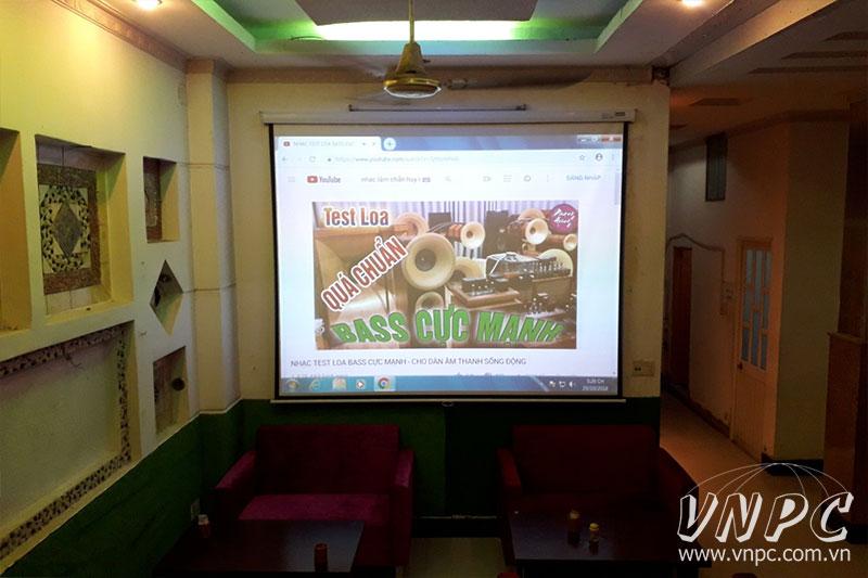 Lắp máy chiếu Optoma PS368 cho quán cà phê văn phòng