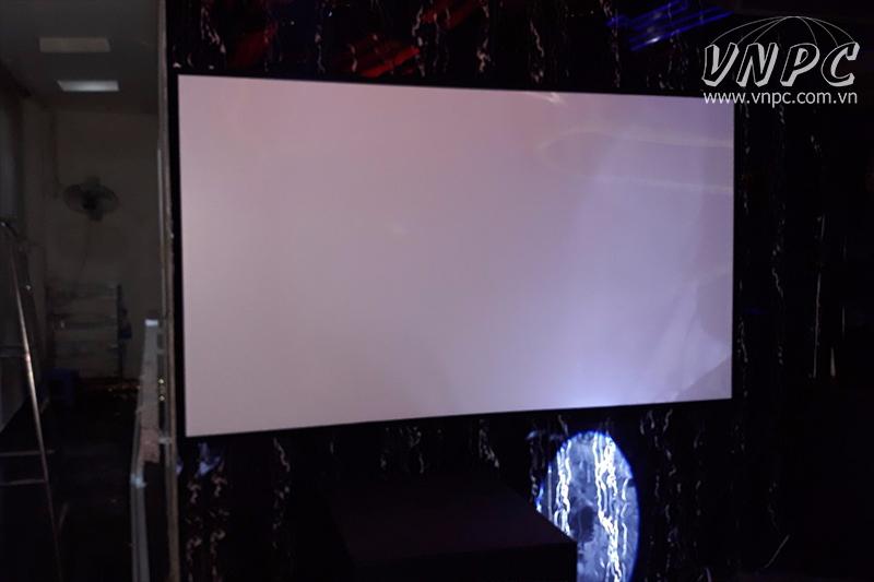 Lắp máy chiếu Optoma PX390 & Màn Chiếu Khung cho quán Karaoke