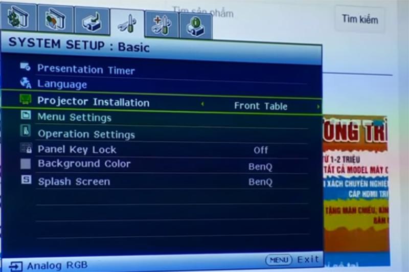 Cách lật ngược khung hình máy chiếu BenQ