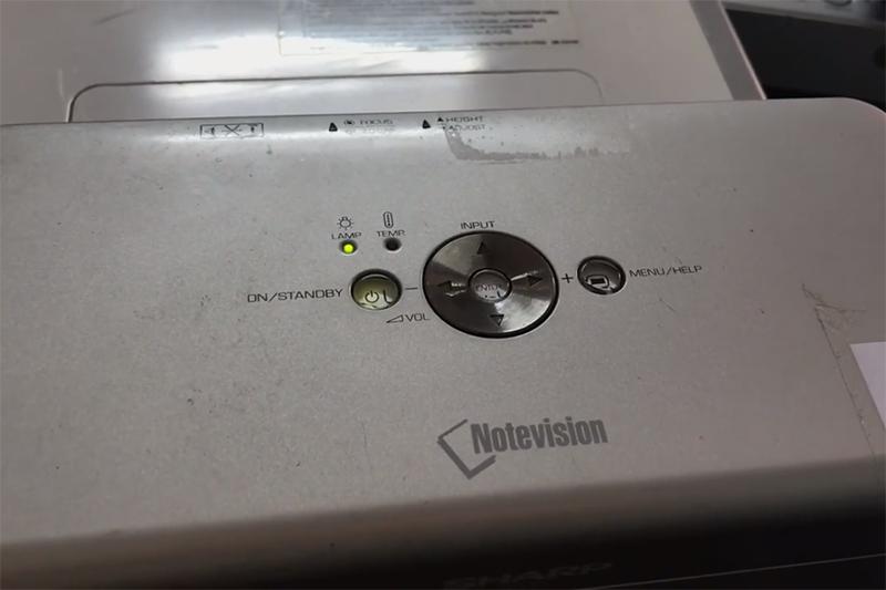 Xử lý lỗi máy chiếu Sharp đang chạy tự động tắt báo Lamp