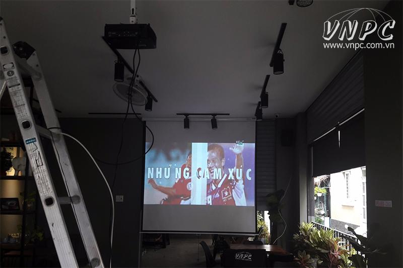 Lắp máy chiếu Optoma PS368 cho LAMY Coffee - Quận Tân Phú