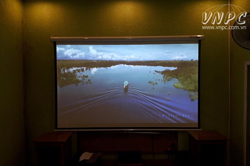 Lắp máy chiếu Full HD giá rẻ BenQ MH534 tại Q.Thủ Đức