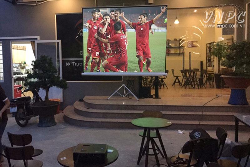 Cho Thuê Máy Chiếu xem Asian Cup 2019 tại TpHCM - Hà Nội