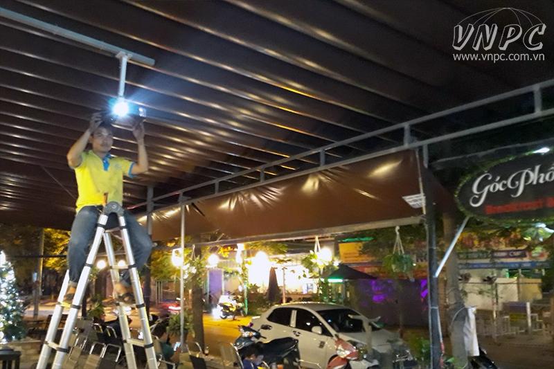 Lắp máy chiếu Optoma PX390 cho quán cafe tại Quận Thủ Đức