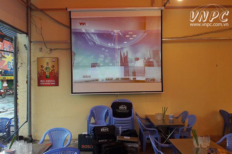 Lắp máy chiếu Optoma PS368 cho Quán Ốc tại Q.Bình Thạnh