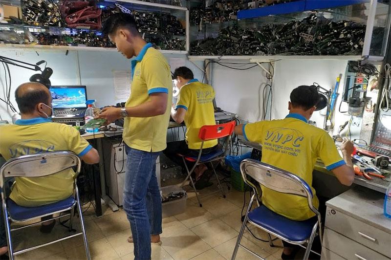 Sửa chữa máy chiếu giá rẻ chuyên nghiệp tại TpHCM & Hà Nội