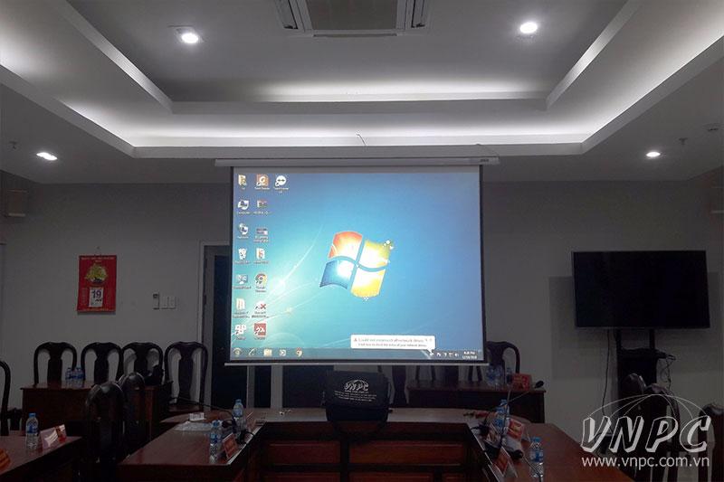 Lắp đặt màn chiếu chuyên nghiệp tại TPHCM & Hà Nội