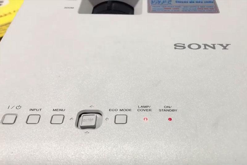 Máy chiếu Sony báo đèn Lamp/ Cover