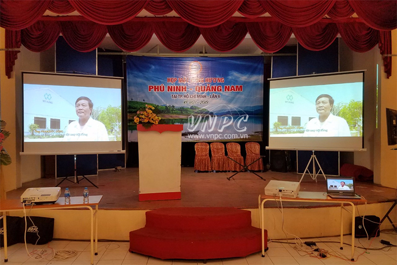 Cho thuê máy chiếu giá rẻ tại Tp.HCM & Hà Nội