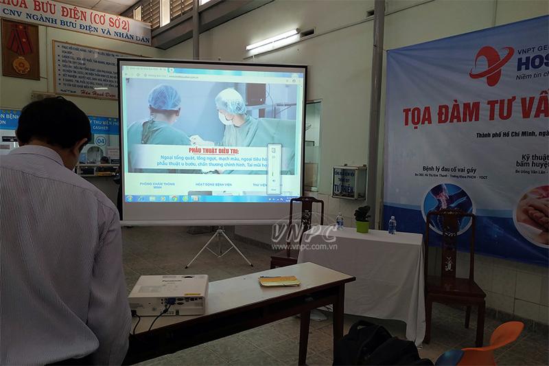 Cho thuê màn chiếu giá rẻ tại TpHCM & Hà Nội