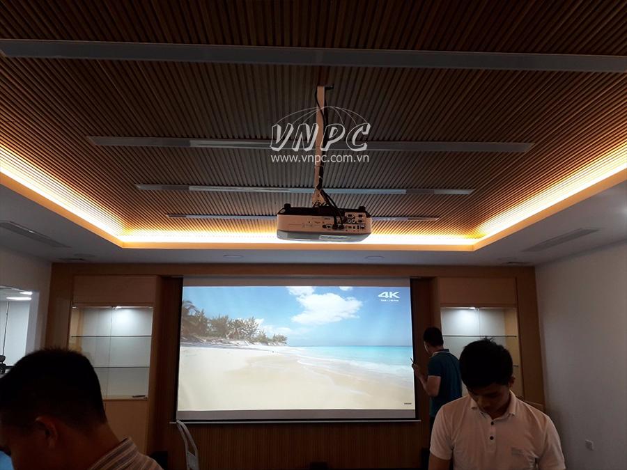 Lắp đặt máy chiếu Epson EB-2265U tại Quận Hoàng Mai