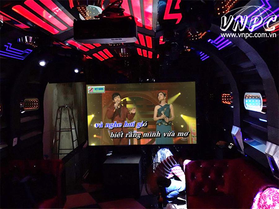 Những máy chiếu lắp đặt cho phòng Karaoke giá bình dân