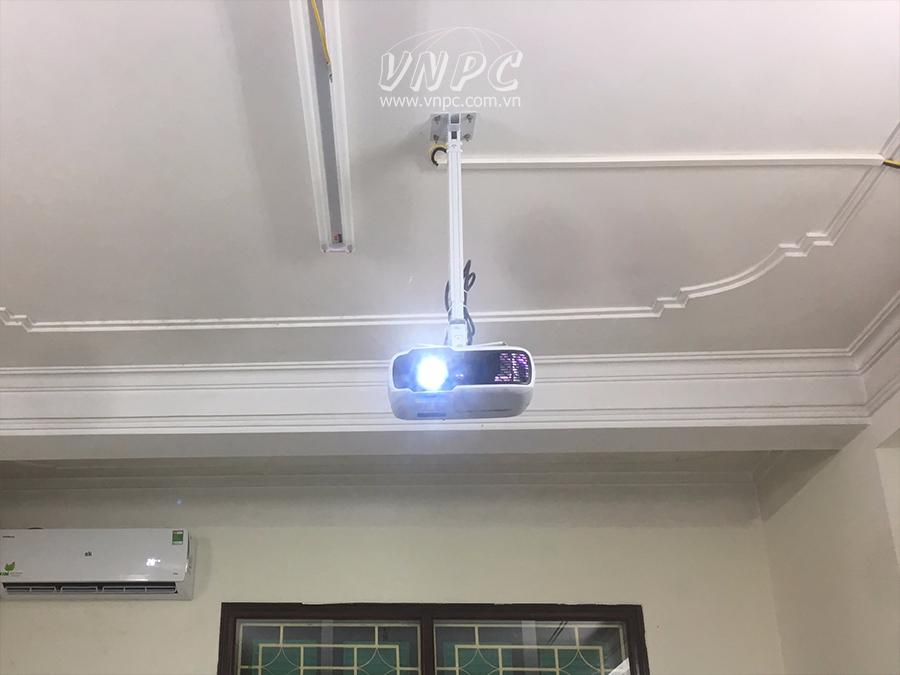 Lắp đặt máy chiếu văn phòng Viewsonic PA502XP Quận Cầu Giấy