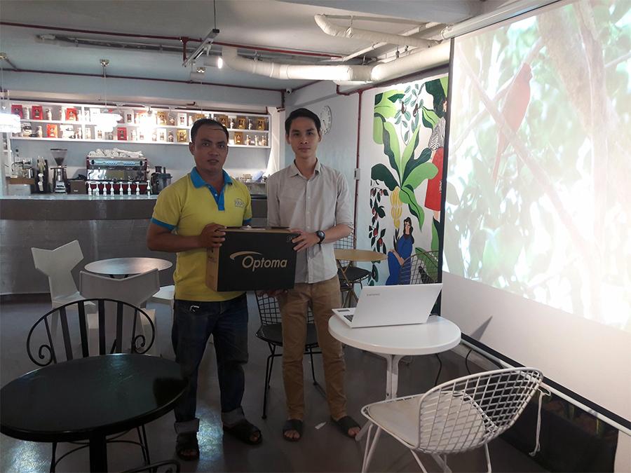 Lắp đặt máy chiếu Optoma PW450 & Optoma PS368 cho nhà hàng
