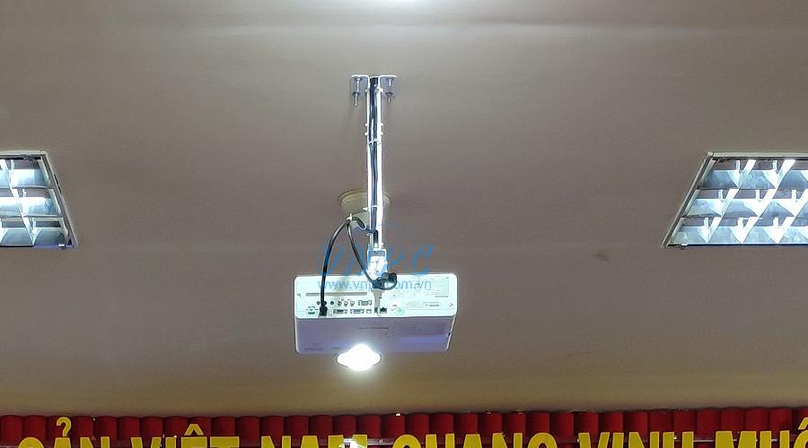 Lắp đặt máy chiếu hội trường Panasonic PT-VX430 cho Công ty VNPT