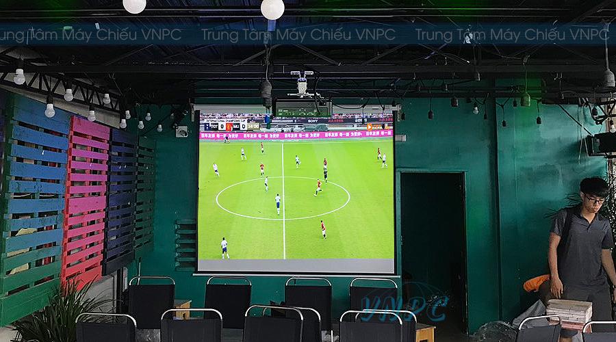 Máy chiếu bóng đá giá rẻ