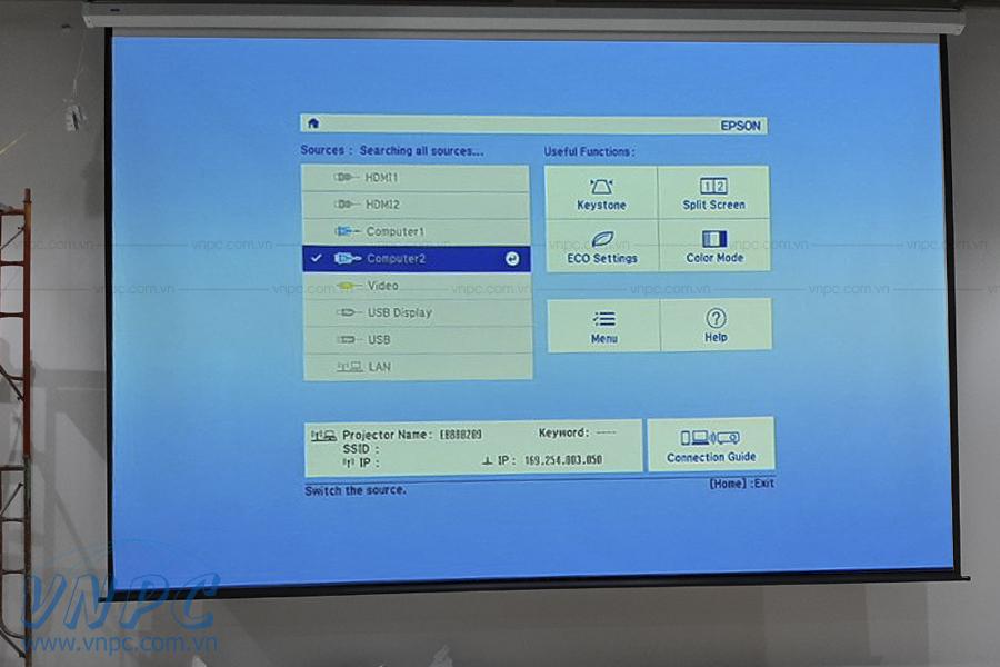 Lắp đặt Epson EB-2265U & màn chiếu điện 300 inches