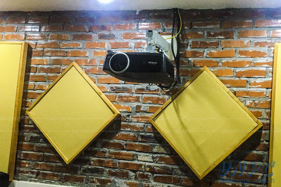 Lắp đặt máy chiếu Vivitek HK2299 tại Hà Nội