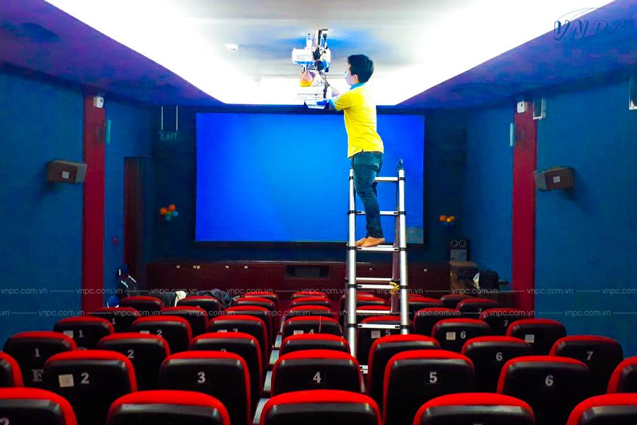 VNPC lắp đặt phòng chiếu phim 3D phân cực