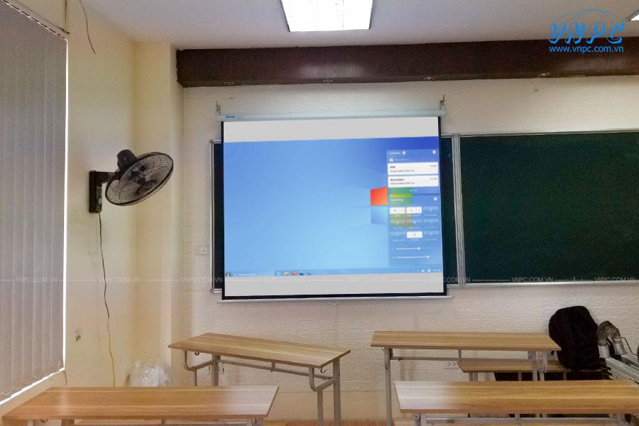 VNPC cung cấp và lắp đặt máy chiếu cho trường học