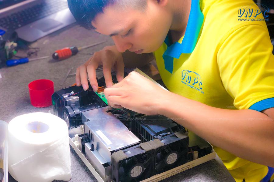 Dịch vụ sửa chữa và bảo trì máy chiếu tại Quận 3