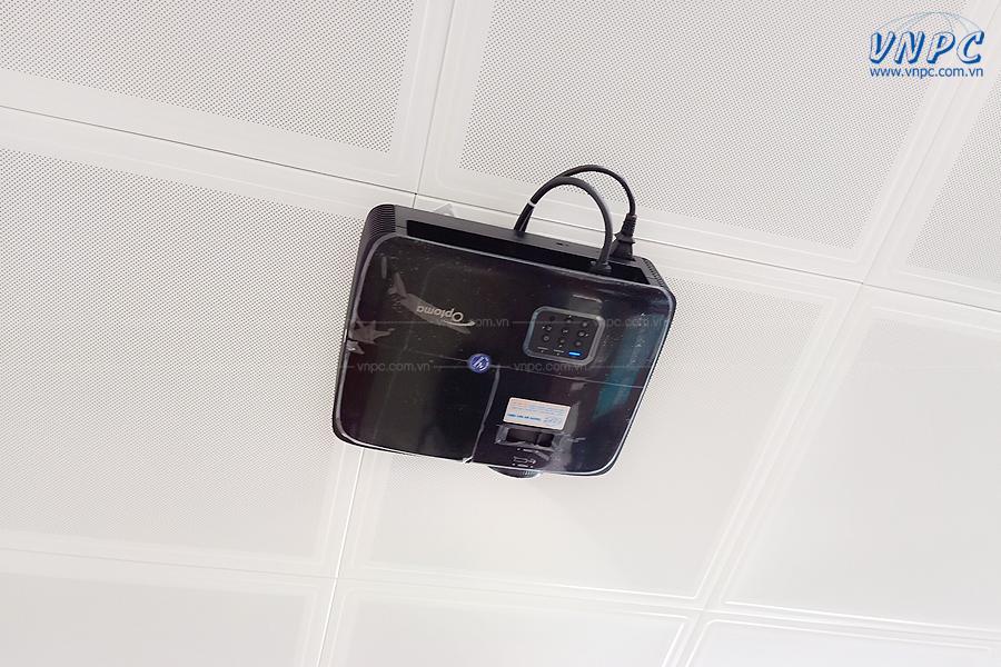 VNPC lắp đặt bộ máy chiếu Optoma PS368 tại Bắc Ninh