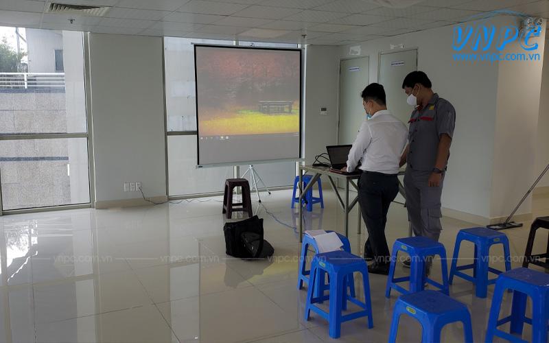 VNPC cho thuê máy chiếu theo giờ