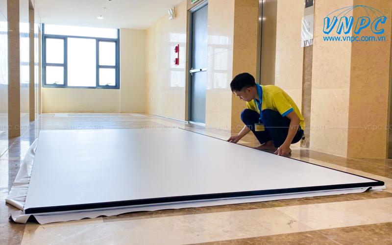 VNPC lắp đặt màn chiếu khung cố định tại Hà Nội
