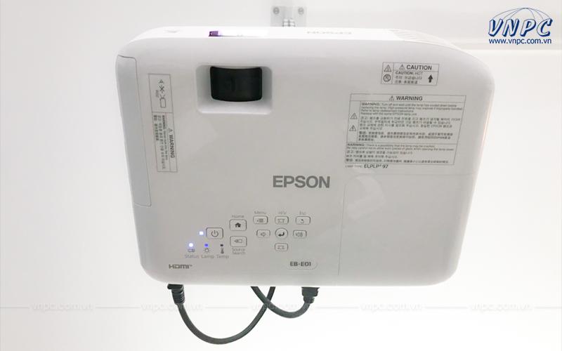 Lắp đặt máy chiếu Epson EB-E01 tại Bình Dương
