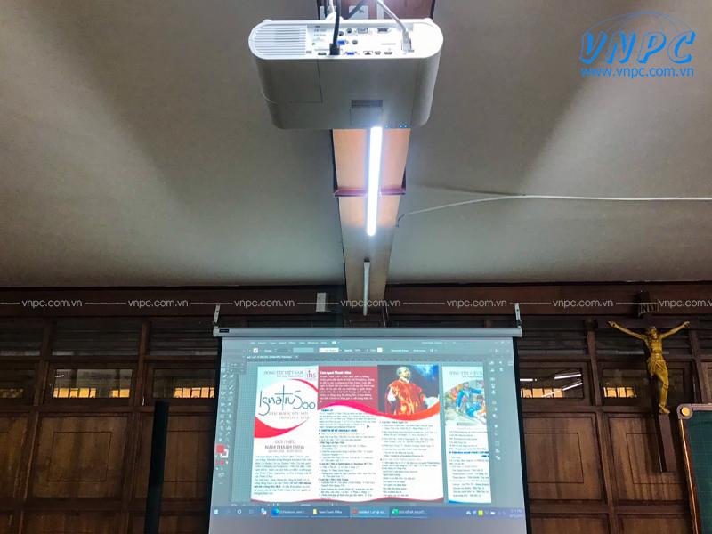 Lắp đặt máy chiếu Epson EB-U50 sử dụng cho hội trường Nhà Thờ